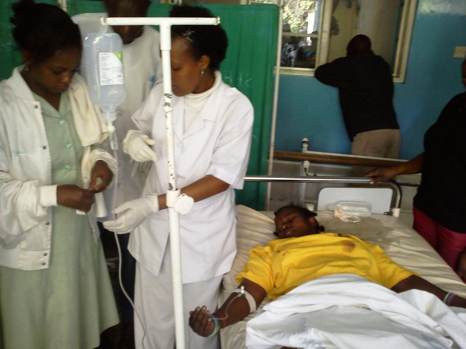 Majeruhi wa Kanisa Katoliki Akihudumiwa Mount Meru Hospital Arusha