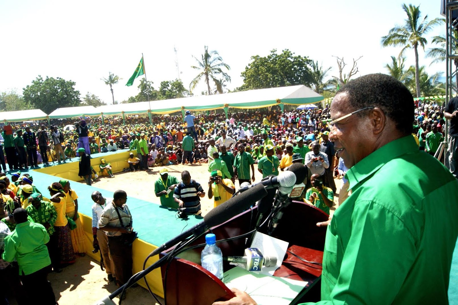 Bernard Member Atangaza Nia Urais 2015 Kupitia CCM